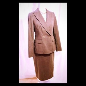 TALBOTS Fully Lined Wool Flannel 2pc Skirt Suit